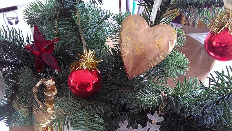 Advent- Lass das Herz sprechen/ © 2014 BFS-Texte